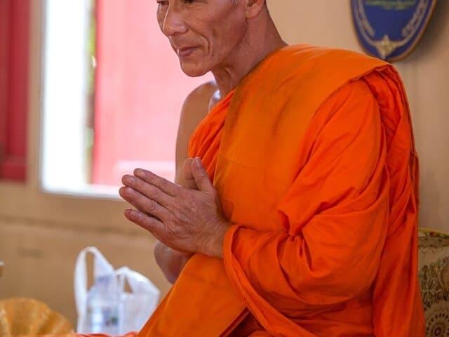 Nic & John 14th February 2018, Thai Monks Blessing 16